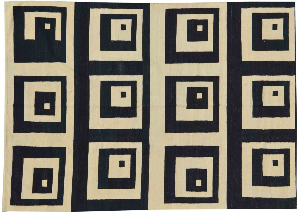 Geometric Black and cream Kilim Rug